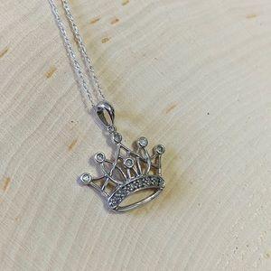 10k White Gold & Diamond Crown Necklace